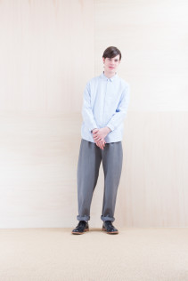 Shirts_ NA15-S16 WDSH 19,500yen+tax br; Pants_ NA15-P211 SBCN 32,000yen+tax br; Shoes_ FA15056 REGALIA DURA-M 98,000yen+tax