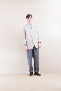 Coat_ NA15-J166 QVJK-M 59,000yen+tax br; Shirts_ NA15-S16 WDSH 19,500yen+tax br; Pants_ NA15-P211 SBCN 32,000yen+tax br; Shoes_ FA15056 REGALIA DURA-M 98,000yen+tax