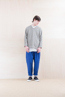 Knit_ NA15-T177 PW114T 24,000yen+tax br; Shirts_ NA15-S36 CLGSH 21,000yen+tax br; Pants_ NA15-P111 NSBCN 21,500yen+tax