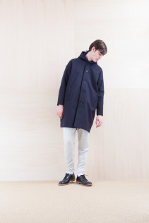 Coat_ NA15-C217 MFDCT 59,500yen+tax br; Pants_ NA15-P101 WTPT 24,500yen+tax br; Shoes_ FA15056 REGALIA DURA-M 98,000yen+tax