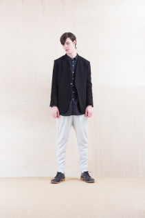 Jacket_ NA15-J100 VTJK 38,000yen+tax br; Shirts_ NA15-S36 CLGSH 21,000yen+tax br; Pants_ NA15-P101 WTPT 24,500yen+tax br; Shoes_ FA15056 REGALIA DURA-M 98,000yen+tax