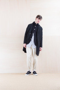 KnitCoat_ NA15-T174 137OCT 36,000yen+tax br; Cardigan_ NA15-T42 HFPK 21,500yen+tax br; Shirts_ NA15-S19 LGSH 21,000yen+tax br; Pants_ NA15-P141 CTSL 21,000yen+tax