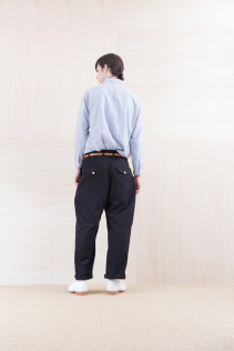 Shirts_ NA15-S19 LGSH 21,000yen+tax br; Pants_ NA15-P111 NSBCN 21,500yen+tax br; Belt_ FA15092 GRACILIA 13 COPPER 6,500yen+tax br; Shoes_ FA15086 SIMPLICIA DURA-M 48,000yen+tax