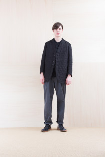 Coat_ NA15-J166 QVJK-M 59,000yen+tax br; KnitVest_ NA15-K201 SBKV 27,000yen+tax br; Pants_ FA15021 LAT 19,500yen+tax br; Shoes_ FA15056 REGALIA DURA-M 98,000yen+tax