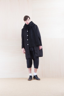 Coat_ NA15-C112 THCT 48,000yen+tax br; Stole_ NA15-K206 SBSTL 22,500yen+tax br; Cut&Sewn_ NA15-T177 PW114T 24,000yen+tax br; Shirts_ NA15-S36 CLGSH 21,000yen+tax br; Pants_ NA15-P72 GMSL 24,000yen+tax br; Shoes_ FA15056 REGALIA DURA-M 98,000yen+tax