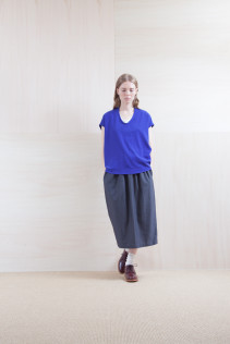 Tops_ S15-S183 FSPO 15,000yen+tax br; Skirt_ S15-SK114 TPSK 19,500yen+tax br; Sox_ S15-SO252 Linen rib sox 2,350yen+tax br; Shoes_ prototype
