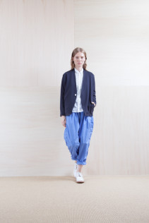 Cardigan_ S15-T105 PTCD-L 22,000yen+tax br; Shirts_ S15-S31 JSOSH7 18,500yen+tax br; Pants_ S15-P155 BLSL 22,500yen+tax