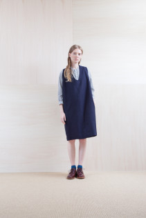 Dress_ S15-O94 POOP	 29,500yen+tax br; Shirts_ S15-S32 JMSH 18,000yen+tax br; Sox_ S15-SO251 Color heel sox 1,900yen+tax br; Shoes_ prototype