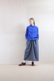 Shirts_ S15-S161 JSOSH 18,000yen+tax br; Skirt_ S15-SK24 LGSK 20,000yen+tax br; Sox_ S15-SO252 Linen rib sox 2,350yen+tax br; Shoes_ prototype