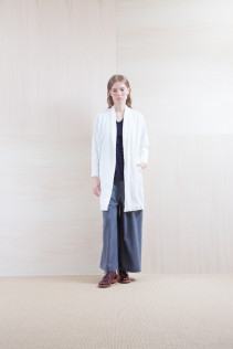 Cardigan_ S15-T45 CMCT-L 22,000yen+tax br; Cut&Sewn_ S15-T193 OST 6,900yen+tax br; Pants_ S15-P25 SKPT 21,500yen+tax br; Sox_ S15-SO252 Linen rib sox 2,350yen+tax br; Shoes_ prototype