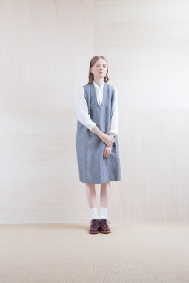 Dress_ S15-O94 POOP 29,500yen+tax br; Shirts_ S15-S31 JSOSH7 18,500yen+tax br; Sox_ S15-SO252 Linen rib sox 2,350yen+tax br; Shoes_ prototype