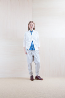 Cardigan_ S15-T41 VNCD 14,000yen+tax br; Shirts_ S15-S173 FSSH 16,500yen+tax br; Pants_ S15-P82 CNSL 22,000yen+tax br; Sox_ S15-SO252 Linen rib sox 2,350yen+tax br; Shoes_ prototype
