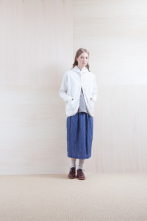 Cardigan_ S15-T122 FPPK 18,000yen+tax br; Tops_ S15-S183 FSPO 15,000yen+tax br;  Skirt_ S15-SK134 UTPSK 21,000yen+tax br; Sox_ S15-SO252 Linen rib sox 2,350yen+tax br; Shoes_ prototype