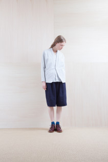 Cardigan_ S15-T105 PTCD-L 22,000yen+tax br; Shirts_ S15-S163 VFSH 16,000yen+tax br; Pants_ S15-P92 LSRSL 22,500yen+tax br; Sox_ S15-SO251 Color heel sox 1,900yen+tax br; Shoes_ prototype
