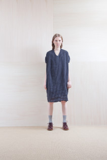 Dress_ S15-O133 LOSOP 28,000yen+tax br; Sox_ S15-SO252 Linen rib sox 2,350yen+tax br; Shoes_ prototype