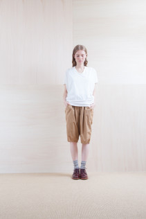 Cut&Sewn_ S15-T194 KAIT 6,900yen+tax br; Pants_ S15-P12 SRSL 18,500yen+tax br; Sox_ S15-SO252 Linen rib sox 2,350yen+tax br; Shoes_ prototype