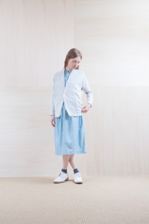Cardigan_ S15-T105 PTCD-L 22,000yen+tax br; Dress_ S15-O221 JSGOP 28,000yen+tax br; Sox_ S15-SO251 Color heel sox 1,900yen+tax br;