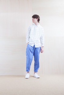Shirts_ S15-S166 WWDSH 19,500yen+tax br; Pants_ S15-P155 BLSL 22,500yen+tax