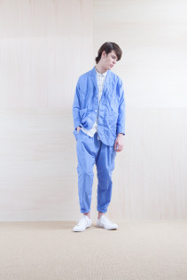 Coat_S15-C156 WKCT 32,000yen+tax br; Shirts_ S15-S166 WWDSH 19,500yen+tax br; Pants_ S15-P155 BLSL 22,500yen+tax
