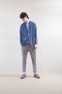 Cardigan_ S15-T106 PTCD-M 23,000yen+tax br; Cut&Sewn_ S15-T248 GZT-3 9,500yen+tax br; Pants_ S15-P185 SLMPT2 22,000+tax br; Shoes_ prototype