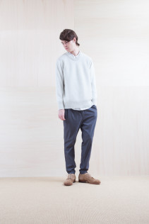 Knit_ S15-K72 KYBK 22,000yen+tax br; Shirts_ S15-S166 WWDSH 19,500yen+tax br; Pants_ S15-P111 SRPT 23,000yen+tax