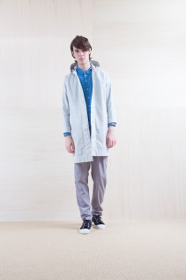 Coat_ S15-C83 FOCT 32,000yen+tax br; Shirts_ S15-S226 CCOSH 20,000yen+tax br; Pants_ S15-P111 SRPT 23,000yen+tax