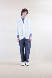Coat_ S15-C156 WKCT 32,000yen+tax br; Shirts_ S15-S36 WDSH 19,000yen+tax br; Pants_ S15-P81 WDNM 22,000yen+tax
