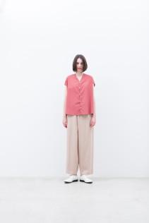 Shirt / S9_NC246S0 : NVFSH 14,500+tax br; Pants / S9_NC054PF : NTLPT 23,500+tax br;