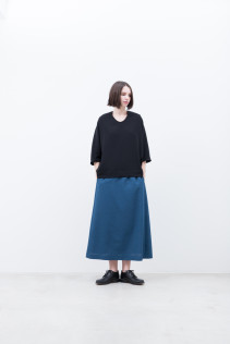 Pullover / S9_NC144PO : NDPPO 14,500+tax br; Skirt / S9_NC135SK : NGFSK 22,000+tax br;